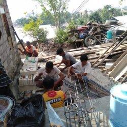 Tim GCS Kota Kupang Bedah Rumah Warga Terdampak Bencana Siklon Seroja