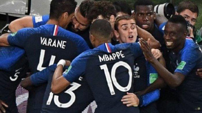 Final Piala Dunia 2018: Gol Bunuh Diri dan Penalti Bawa Prancis Unggul Sementara 2-1 Atas Kroasia