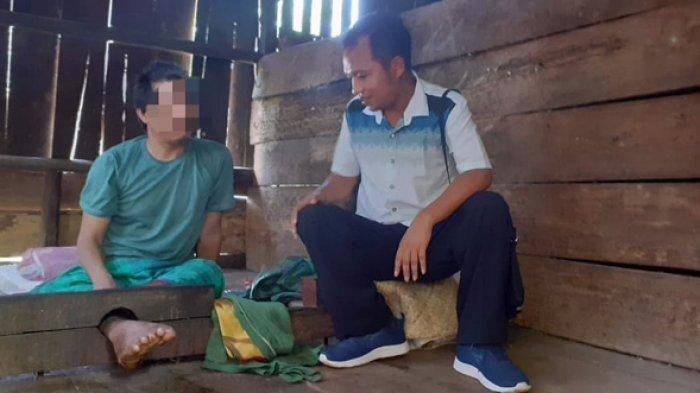 Ungkapan Hati Ketua DPRD Manggarai Timur yang Tergugah Saat Melihat ODGJ Dirawat Anaknya