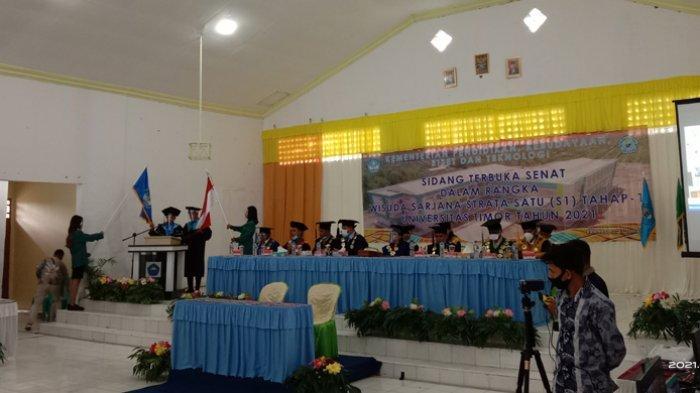 Universitas Timor Lantik 242 Wisudawan Tahap Satu