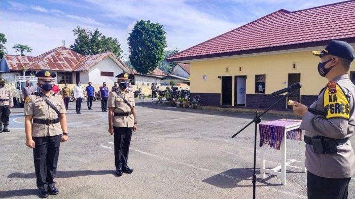 Kapolres Ngada Pimpin Upacara Serah Terima Jabatan Kapolsek Aimere