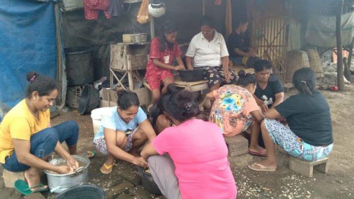 Usai Ikut Pelatihan, Kelompok Dasawisma Sama Rai di Nagekeo Berhasil Produksi Tempe