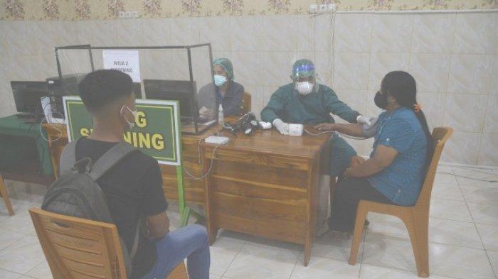 Korem 161/Wira Sakti Gelar Vaksinasi Covid-19 Bagi Keluarga Besar TNI AD, Simak Suasanannya