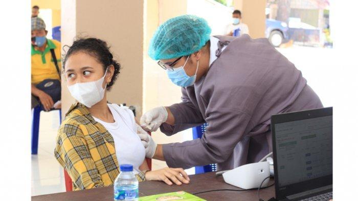 Vaksinasi Covid-19 Gelombang Pertama Provinsi NTT Baru 30 persen