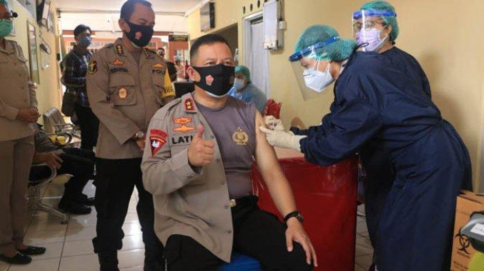 Vaksinasi Sinovac Tahap II, Kapolda NTT: Budayakan 3T dan 5M di Lingkungan Kita