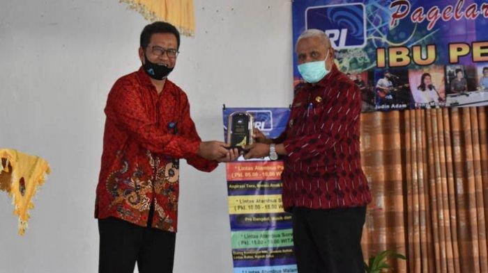 Wabup Belu, Ose Luan Apresiasi Kepada Guru SMAK Suria Atambua
