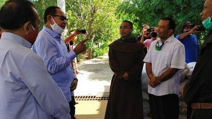 Pemerintah Provinsi NTT Berikan Bantuan Beras Untuk Biara dan Panti Asuhan