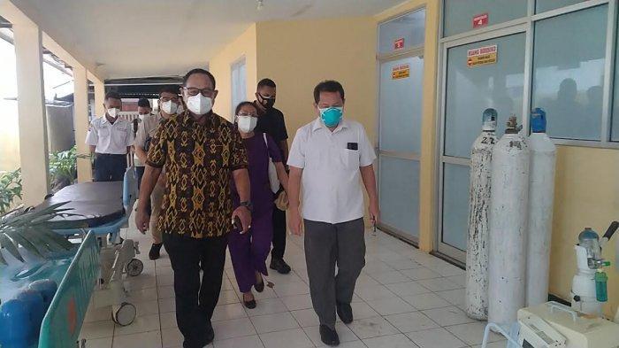 Pastikan Ketersediaan Oksigen, Wagub Josef Adrianus Nae Soi Pantau Tiga Rumah Sakit di Kota Kupang