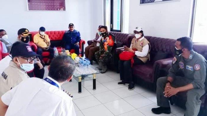 Wagub NTTYosef Adrianus Nae Soi Kembali Kunjungi Korban Bencana Lembata