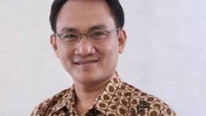 BLAK-BLAKAN, Andi Arief Ungkap 'Rencana Busuk' Moeldoko Mengkudeta Posisi AHY di Partai Demokrat