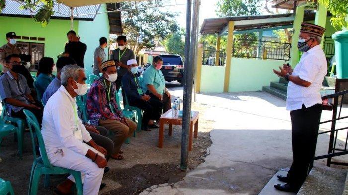Pemerintah Kota Kupang Serahkan 20 Ekor Hewan Kurban Bagi Umat Muslim