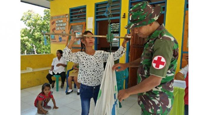 Wujudkan Masyarakat Sehat, Satgas Pamtas RI-RDTL Memotivasi Masyarakat Aktif Posyandu