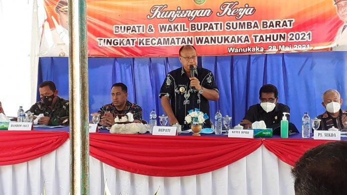 Bupati Yohanis Dade : Seluruh Warga Sumba Barat Hormati Keputusan Pemerintah Pusat