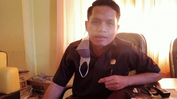 Pelayanan KTP Terhambat, Ketua Komisi I DPRD Kota Kupang, Yuven Tukung : Jangan Korbankan Masyarakat