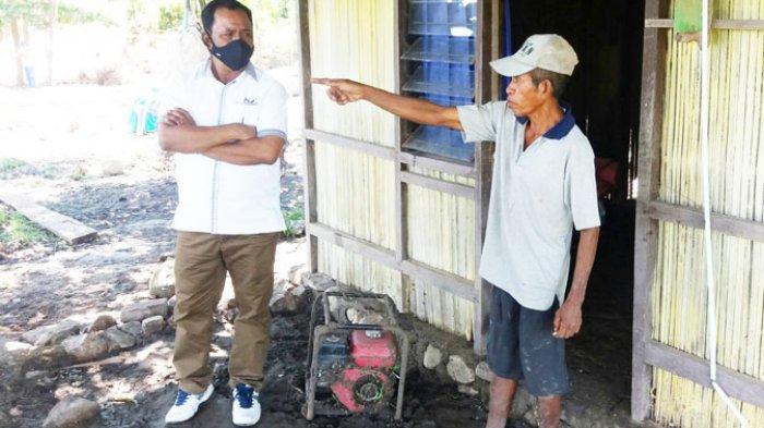 Zakarias Moruk Bantu Semen 100 Sak Buat Korban Banjir di Tasain