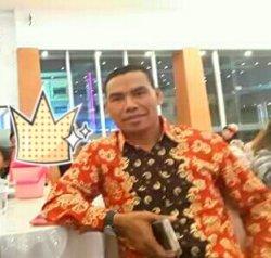 Lurah Oebufu, Zet Batmalo