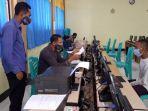 105-calon-siswa-baru-daftar-pada-hari-pertama-ppdb-online-di-sman-1-bajawa.jpg