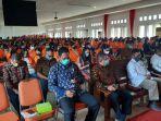 743-mahasiswa-unipa-indonesia-ikut-kkn-mm-rektor-ingatkan-3-isu-utama.jpg