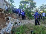 ahy-saat-meninjau-lokasi-bencana-siklon-tropis-seroja-di-kelurahan-oebufu.jpg