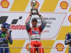 andrea-dovizioso-juara-motogp-malaysia_20161030_173222.jpg