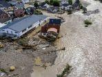 banjir-besar-landa-eropa.jpg
