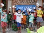 bantuan-masker-dari-plan-indonesia-untuk-anak-anak-lembata.jpg