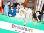 boyband-asal-korea-selatan-bts-merilis-singel-baru-berjudul-dynamite-jumat-2182020.jpg