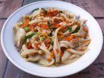 cah-jamur-tiram-inspirasi-menu-sahur-ramadan-pertama-di-rumah.jpg