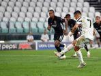 cristiano-ronaldo-mencetak-gol-penalti-dalam-lag.jpg