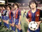 diego-maradona-di-barcelona-rupa.jpg