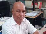 dr-drs-frans-gana-msi-dekanfisip-undana-kupang_20180812_115223.jpg