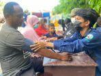 fk-undana-periksa-kesehatan-pengungsi-korban-siklon-seroja-di-oesapa-dan-oeba.jpg