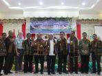 foto-bersama-pada-acara-pembukaan-rat-ke-xxii-kopdit-pintu-air-rotat-indonesia_20180407_185138.jpg