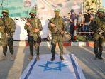 hamas-injak-bendera-israel.jpg