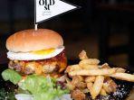 hawaiian-burger-di-oldst-bistro-kebayoran-baru-jaksel_20170731_082304.jpg