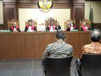 irvanto-hendra-pambudi-dan-made-oka-masagung-diadili-di-pengadilan-tipikor-jakarta_20180730_170830.jpg
