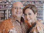irwan-mussry-dan-maia-estianty-batik.jpg