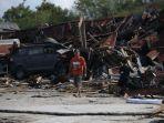 kerusakan-akibat-gempa-bumi-dan-tsunami-di-dupa-tondo-kelurahan-layana_20181006_195943.jpg