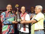 ketua-umum-dan-pendiri-lembaga-prestasi-indonesia-dunia-paulus-pangka_20180421_140947.jpg