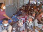 kondisi-warga-korban-bencana-banjir-bandang-di-desa-nelelamadike.jpg