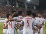 laos-vs-vietnam_20181108_231007.jpg