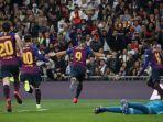 luis-suarez-striker-barcelona-luis-suarez-melakukan-selebras.jpg