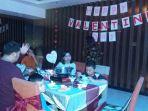 makan-malam-romantis-di-gourmett-coffee-shop-aston-hotel_20170215_225452.jpg
