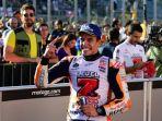 marc-marquez-merayakan-keberhasilan-menjadi-juara-dunia-motogp-2018-seusai-gp-jepang-di-motegi_20181104_101128.jpg