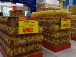 minyak-goreng-di-hypermart-bundaran-pu-kota-kupang_20180127_124114.jpg