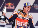momen-perayaan-kemenangan-marc-marquez-pada-balapan-motogp-spanyol-2019.jpg