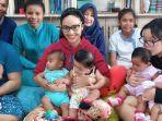 monica-soraya-adopsi-13-bayi.jpg