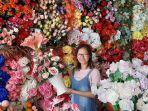 owner-toko-wilona-florist-karlina-diana-suhardi.jpg