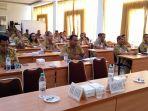 pejabat-eselon-ii-lingkup-pemerintah-kota-kupang-mengikuti-seleksi-kompetensi_20181015_144959.jpg