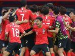 pemain-korea-selatan-merayakan-gol-ke-gawang-jerman-dalam-laga-penyisihan-grup-f-piala-dunia-2018_20180630_170600.jpg